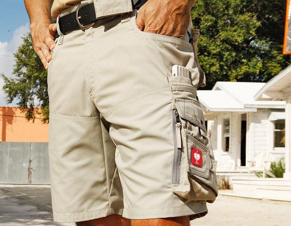 Kratke hlače e.s.motion poletno peščena /kaki/kamnita,325.png | 46,za običajne postave
